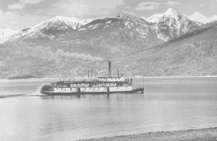 The Moyie steaming out of Kaslo on its final voyage, 1957